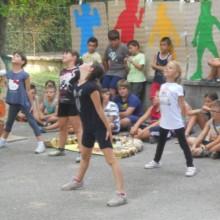 Castelvetro Centro Estivo  -  esibizione festa finale rid